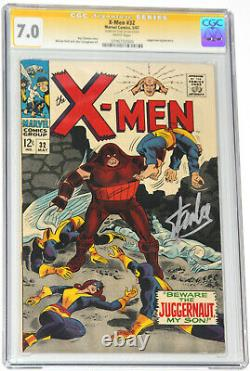 X-MEN #32 CGC 7.0 SS SIGNED BY STAN LEE IN SILVER JUGGERNAUT 1967 with WHITE PAGES